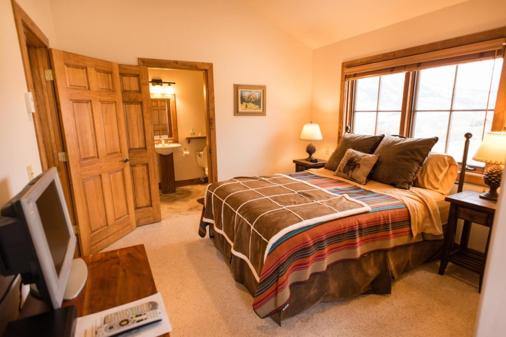 Crested Butte Vacation Rental Queen Bedroom with attached Bath