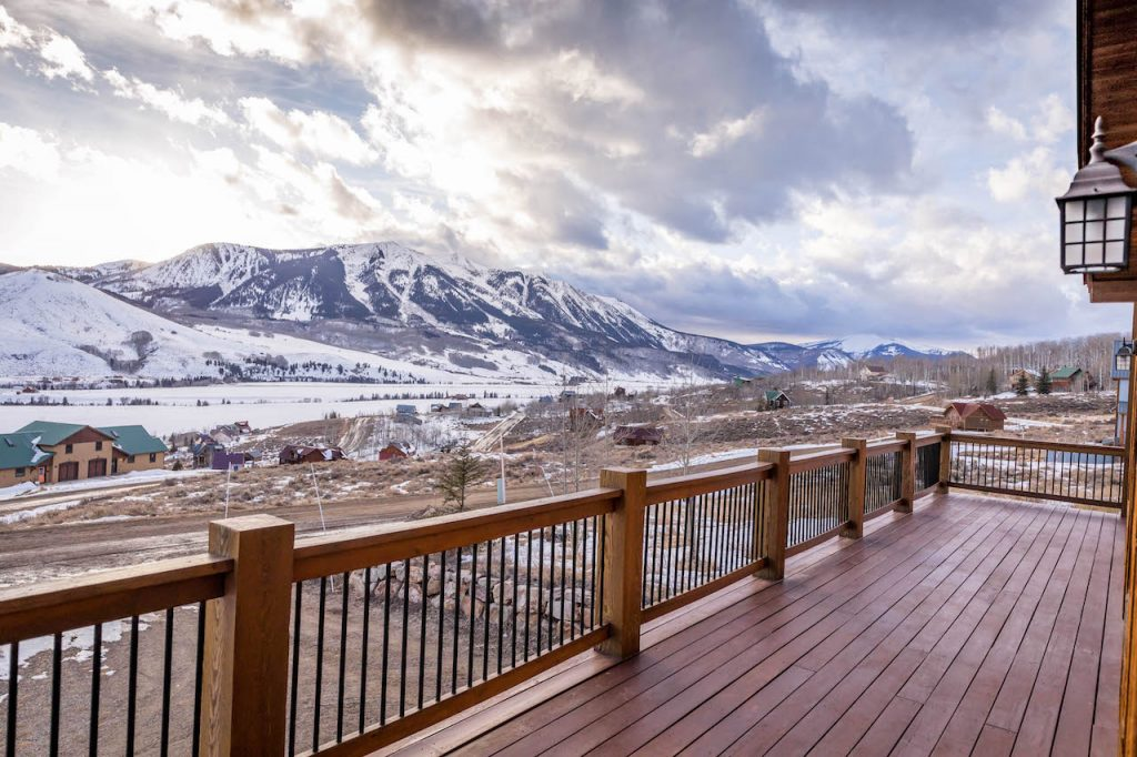 Crested Butte Vacation Rental View of Mountains from front porch